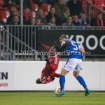 27-10-2015: Voetbal: Almere City FC v FC Den Bosch: Almere (L-R) Mitchell Burgzorg (Almere City FC)≤Jordy van der Winden (FC Den Bosch) KNVB Beker 3de ronde 2015 / 2016