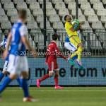 04-12-2015: Voetbal: Almere City FC v FC Den Bosch: Almere Agil Etemadi (Almere City FC) Jupiler League 2015 / 2016