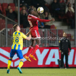 05-02-2016: Voetbal: Almere City FC v RKC Waalwijk: Almere (L-R) Jordy Thomassen (RKC Waalwijk), Enzio Boldewijn (Almere City FC) Jupiler League 2015 / 2016