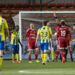 05-02-2016: Voetbal: Almere City FC v RKC Waalwijk: Almere (L-R) Kees van Buuren (Almere City FC), Allard Lindhout (Scheidsrechter) Jupiler League 2015 / 2016