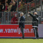 05-02-2016: Voetbal: Almere City FC v RKC Waalwijk: Almere (L-R) Jack de Gier - Hoofdtrainer (Almere City FC), Marco Heering - Assistent trainer (Almere City FC) Jupiler League 2015 / 2016
