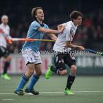 06-03-2016: Hockey: Amsterdam v HGC: Amsterdam (L-R) Tom Hiebendaal (HGC), Johannes Mooij (Amsterdam) Hoofdklasse Heren 2015 / 2016