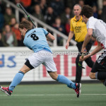 06-03-2016: Hockey: Amsterdam v HGC: Amsterdam (L-R) Rik van Kan (HGC), Johannes Mooij (Amsterdam) Hoofdklasse Heren 2015 / 2016