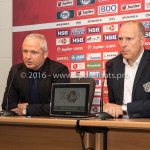 05-08-2016: Voetbal: FC Volendam v Almere City FC: Volendam (L-R) Jack de Gier - Technisch manager/Hoofdtrainer (Almere City FC), Robert Molenaar / Hoofdtrainer (FC Volendam) Jupiler League 2016 / 2017