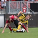 13-08-2016: Voetbal: Jong Almere City FC v Rijnsburgse Boys: Almere (L-R) Nick van Hilten (Jong Almere City FC),Jorn van Lunteren (Rijnsburgse Boys) 3de divisie zaterdag 2016 /2017