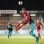 14-10-2016: Voetbal: Almere City FC v Jong PSV: Almere (L-R) Sven Braken (Almere City FC), Suently Alberto (Jong PSV) Jupiler League 2016 / 2017