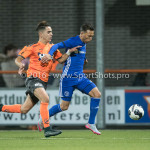 25-10-2016: Voetbal: FC Volendam v Almere City FC: Volendam (L-R) Ties Evers (FC Volendam), Gaston Salasiwa (Almere City FC) KNVB Beker 2e ronde 2016 / 2017