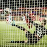 05-01-2017: Voetbal:Almere City FC v FC Groningen: Almere (L-R) Stefan van der Lei (FC Groningen), Tom Overtoom (Almere City FC) Oefenwedstrijd 2016 /2017