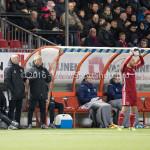 05-01-2017: Voetbal:Almere City FC v FC Groningen: Almere (L-R) Jan Splinter - Keeperstrainer (Almere City FC), Marco Heering - Assistent trainer (Almere City FC), Jack de Gier - Technisch manager/Hoofdtrainer (Almere City FC) Oefenwedstrijd 2016 /2017