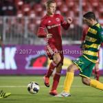 27-01-2017: Voetbal: Almere City FC v Fortuna Sittard: Almere (L-R) Silvester van de Water (Almere City FC), Kamen Hadzhiev (Fortuna Sittard) Jupiler League 2016 / 2017