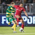 27-01-2017: Voetbal: Almere City FC v Fortuna Sittard: Almere (L-R) Perr Schuurs (Fortuna Sittard), Sherjill Mac-Donalds (Almere City FC) Jupiler League 2016 / 2017