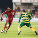 27-01-2017: Voetbal: Almere City FC v Fortuna Sittard: Almere (L-R) Arsenio Valpoort (Almere City FC), Kamen Hadzhiev (Fortuna Sittard) Jupiler League 2016 / 2017