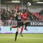 06-02-2017: Voetbal: Almere City FC v FC Emmen: Almere (L-R) Nick Bakker (FC Emmen), Arsenio Valpoort (Almere City FC) Jupiler League 2016 / 2017