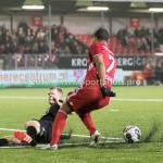 06-02-2017: Voetbal: Almere City FC v FC Emmen: Almere (L-R) Tim Siekman (FC Emmen), Sherjill Mac-Donalds (Almere City FC) Seizoen 2016 / 2017