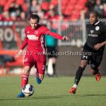 18-02-2017: Voetbal: Jong Almere City FC v IJsselmeervogels: Almere (L-R) Danny van Haaren (Jong Almere City FC), Hanne Hagary (Ijsselmeervogels) 3de divisie zaterdag 2016 /2017