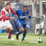 19-09-2017: Voetbal: FC Oss v Almere City FC: Oss (L-R) Daan Klomp (FC Oss), Arsenio Valpoort (Almere City FC) Jupiler League 2017 / 2018