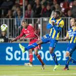 22-09-2017: Voetbal: Almere City FC v FC Oss: Almere (L-R) Arsenio Valpoort (Almere City FC), Lorenzo Pique (FC Oss), Niels Fleuren (FC Oss) Jupiler League 2017 / 2018
