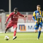 22-09-2017: Voetbal: Almere City FC v FC Oss: Almere (L-R) Leeroy Owusu (Almere City FC), Erik Quekel (FC Oss) Jupiler League 2017 / 2018