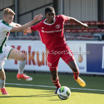 23-09-2017: Voetbal: Jong Almere City FC v Jong FC Groningen: Almere (L-R) Tim Riksman (Jong FC Groningen), Devechio Blackson (Jong Almere City FC) 3de divisie zaterdag 2017 / 2018