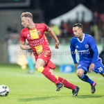 29-09-2017: Voetbal: Go Ahead Eagles v Almere City FC: Deventer (L-R) Dennis Hettinga (Go Ahead Eagles), Gaston Salasiwa (Almere City FC) Jupiler League 2017 / 2018