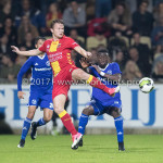 29-09-2017: Voetbal: Go Ahead Eagles v Almere City FC: Deventer (L-R) Pieter Langedijk (Go Ahead Eagles), Leeroy Owusu (Almere City FC) Jupiler League 2017 / 2018