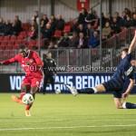 06-10-2017: Voetbal: Almere City FC v MVV Maastricht: Almere (L-R) Delvechio Blackson (Almere City FC), Florian Loshaj (MVV) Jupiler League 2017 / 2018