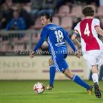 16-10-2017: Voetbal: Jong Ajax v Almere City FC: Amsterdam (L-R) Ezra Walian (Almere City FC), Leon Bergsma (Jong Ajax) Jupiler League 2017 / 2018
