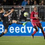 26-10-2017: Voetbal: Almere City FC v AZ: Almere (L-R) Jonas Svensson (AZ), Arsenio Valpoort (Almere City FC) KNVB Beker 2e ronde 2017 / 2018