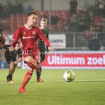 03-11-2017: Voetbal: Almere City FC v Jong AZ: Almere Dennis van der Heijden (Almere City FC) penalty 3-2 Jupiler League 2017 / 2018
