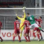 18-11-2017: Voetbal: Jong Almere City v VVOG: Almere (L-R) Mike Grim (Jong Almere City FC), Jan Jurriën Hop (VVOG) 3de divisie zaterdag 2017 / 2018