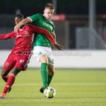 18-11-2017: Voetbal: Jong Almere City v VVOG: Almere (L-R) Kenneth Aninkora (Jong Almere City FC), Jan Jurriën Hop (VVOG) 3de divisie zaterdag 2017 / 2018