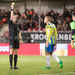 27-11-2017: Voetbal: Almere City FC v RKC Waalwijk: Almere (L-R)  Freek van Herk (Scheidsrechter), Jan Lammers (RKC Waalwijk), Etienne Vaessen (RKC Waalwijk) Jupiler League 2017 / 2018