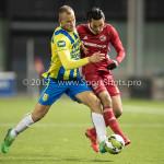 27-11-2017: Voetbal: Almere City FC v RKC Waalwijk: Almere (L-R) Henrico Drost (RKC Waalwijk), Ezra Walian (Almere City FC) Jupiler League 2017 / 2018