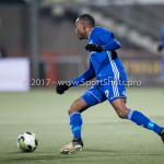 01-12-2017: Voetbal: FC Volendam v Almere City FC: Volendam Arsenio Valpoort (Almere City FC) Jupiler League 2017 / 2018