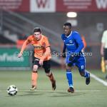01-12-2017: Voetbal: FC Volendam v Almere City FC: Volendam (L-R) Nick Doodeman (FC Volendam), Leeroy Owusu (Almere City FC) Jupiler League 2017 / 2018