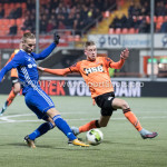 01-12-2017: Voetbal: FC Volendam v Almere City FC: Volendam (L-R) Silvester van de Water (Almere City FC), Gijs Small (FC Volendam) Jupiler League 2017 / 2018
