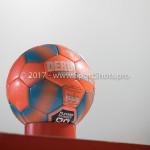 22-12-2017: Voetbal: Almere City FC v FC Eindhoven: Almere Oranje bal vanwege mist Jupiler League 2017 / 2018