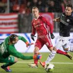 19-01-2018: Voetbal: Almere City FC v NEC: Almere (L-R) goalkeeper Joris Delle (NEC), Silvester van de Water (Almere City FC) Jupiler League 2017 / 2018