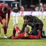 19-01-2018: Voetbal: Almere City FC v NEC: Almere (L-R) Javier Vet (Almere City FC), Silvester van de Water (Almere City FC), Leo de Wit - Fysiotherapeut (Almere City FC) Jupiler League 2017 / 2018
