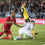 10-05-2018: Voetbal: Almere City FC v Roda JC: Almere (L-R) Sherjill Mac-Donalds (Almere City FC), goalkeeper Hidde Jurjus (Roda JC) Jupiler League halve finale play-offs 2017 / 2018