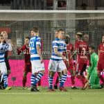 17-05-2018: Voetbal: Almere City FC v De Graafschap: Almere (L-R) Kevin Blom (Scheidsrechter), Tom Overtoom (Almere City FC) rood Jupiler League finale play-offs 2017 / 2018