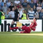 20-05-2018: Voetbal: De Graafschap v Almere City FC: Doetinchem (L-R) goalkeeper Filip Bednarek (De Graafschap), Dennis van der Heijden (Almere City FC) Jupiler League finale play-offs 2017 / 2018