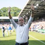 20-05-2018: Voetbal: De Graafschap v Almere City FC: Doetinchem Jack de Gier - Technisch manager/Hoofdtrainer (Almere City FC) bedankt supporters Jupiler League finale play-offs 2017 / 2018